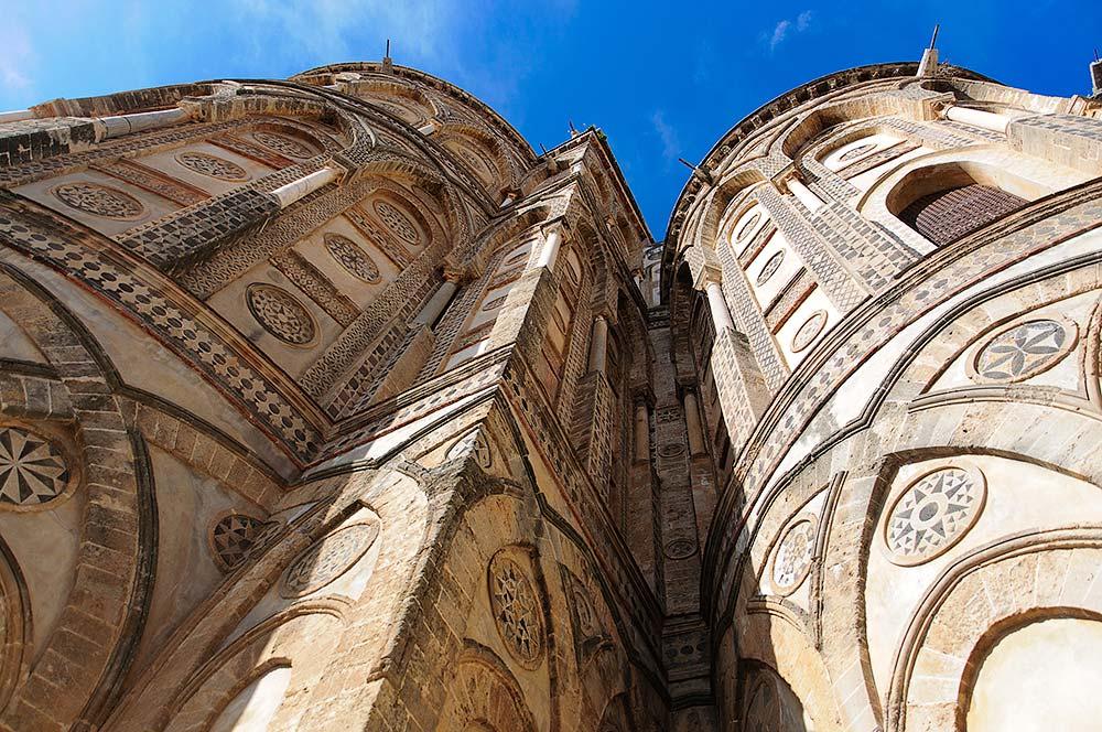 De apsissen aan de achterzijde van de kathedraal
