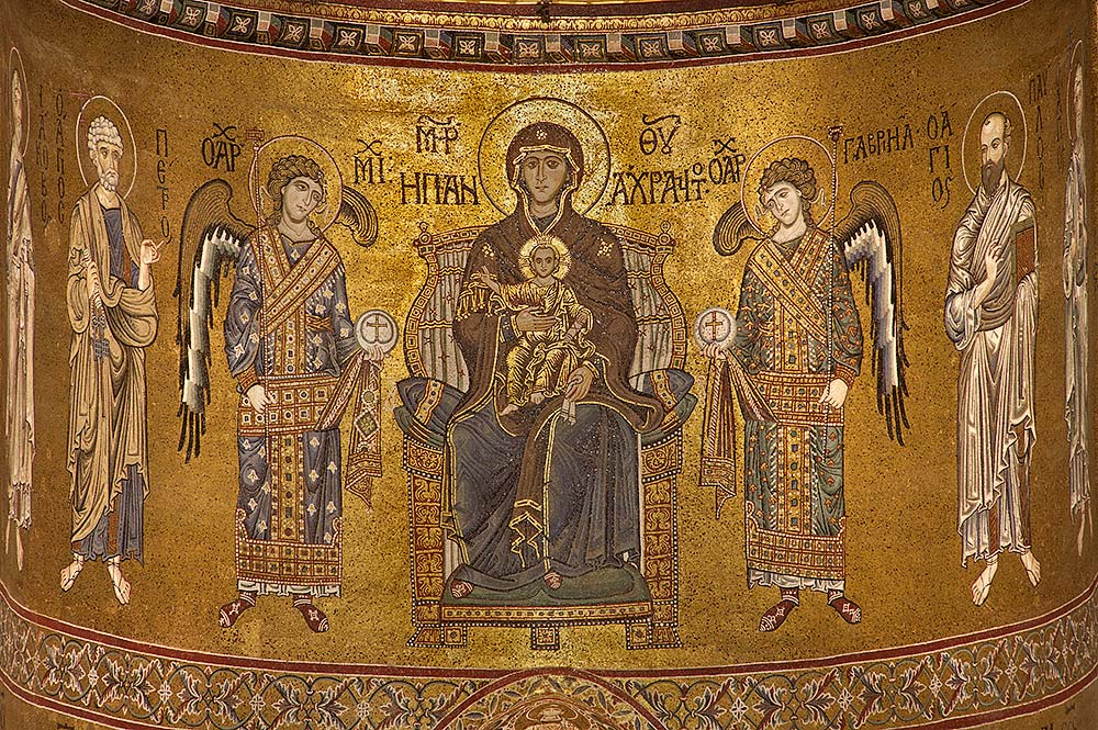 De Madonna met Kind omringd door aartsengelen en apostelen