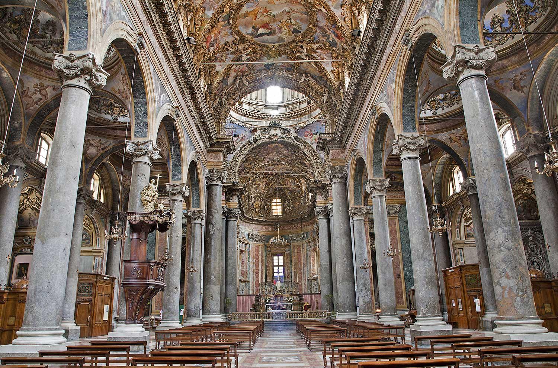 In de San Giuseppe dei Teatini kerk