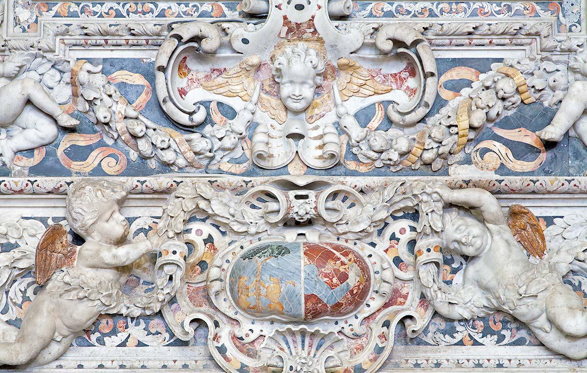 Een detail van het altaar in de San Domenico kerk