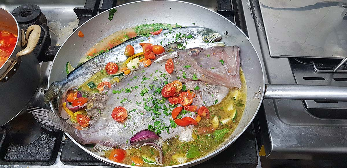 En de vissen kunnen de pan in