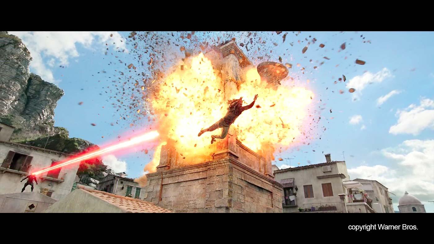 De verwoesting van de toren van de San Giuliano kerk