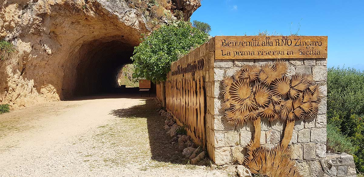 Het bord bij de ingang van Natuureservaat Lo Zingaro