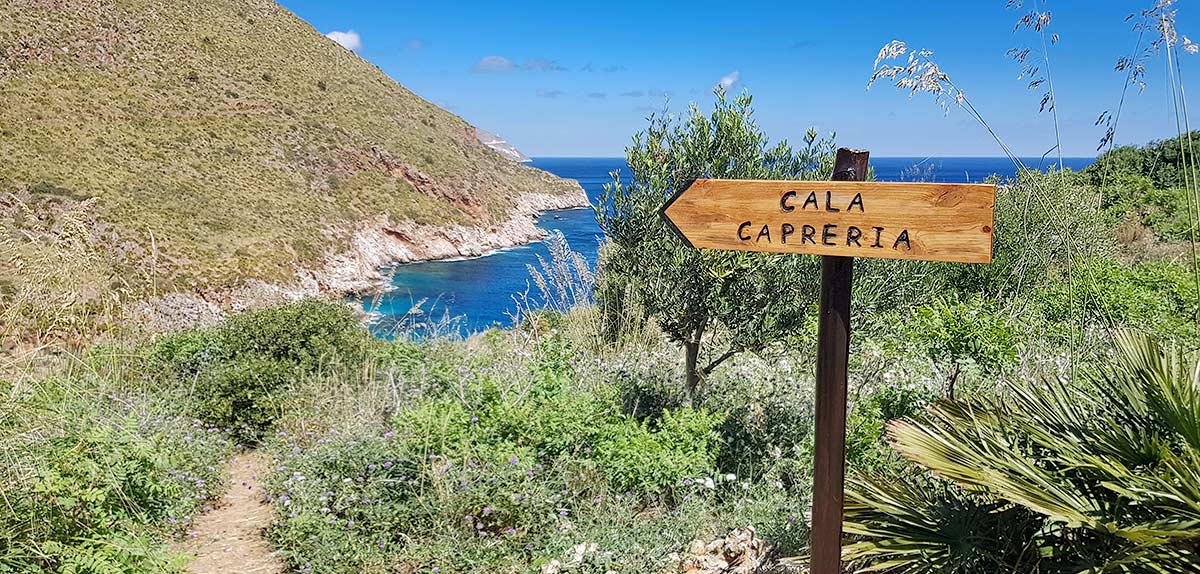 Op naar de eerste baai, Cala Capreria