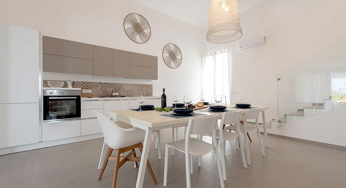 De keuken van Villa Brezza Marina