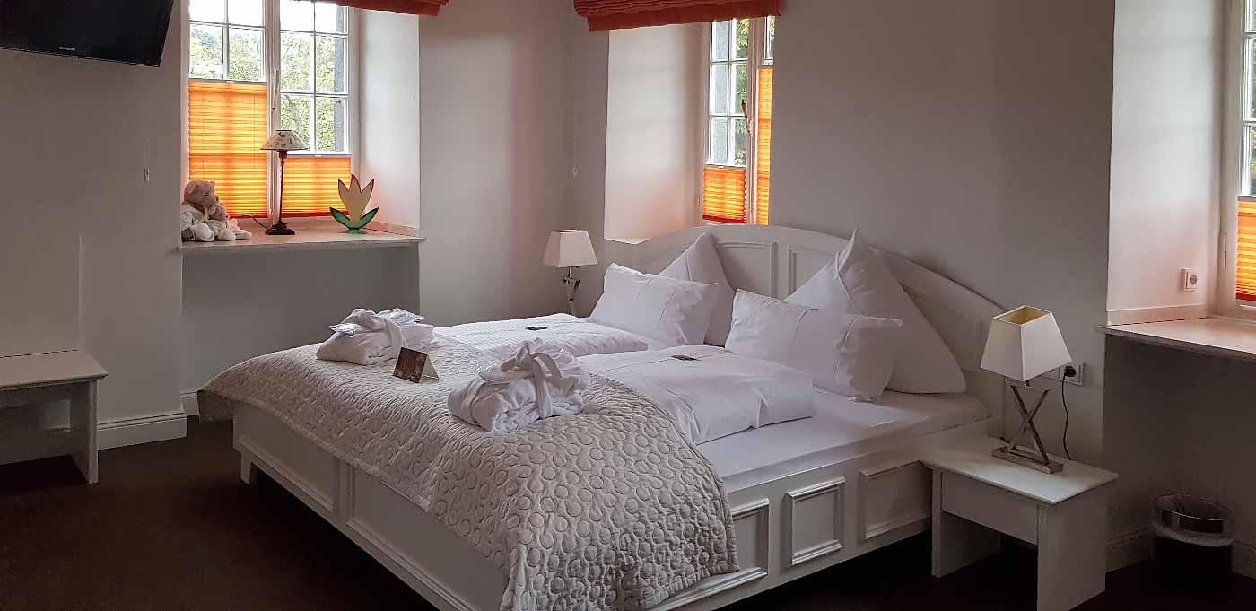 Onze hotelkamer in Schloss Burgbrohl