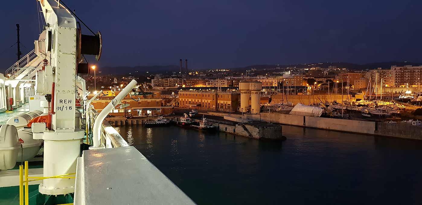 Vertrek vanuit de haven van Civitavecchia