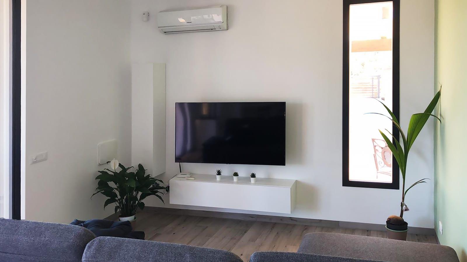 De zithoek in de woonkamer van Villa Donnola